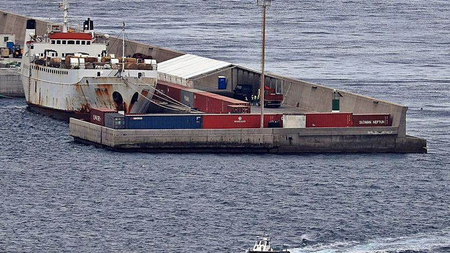 Otro barco con 1.800 terneros pone rumbo al Puerto de Cartagena