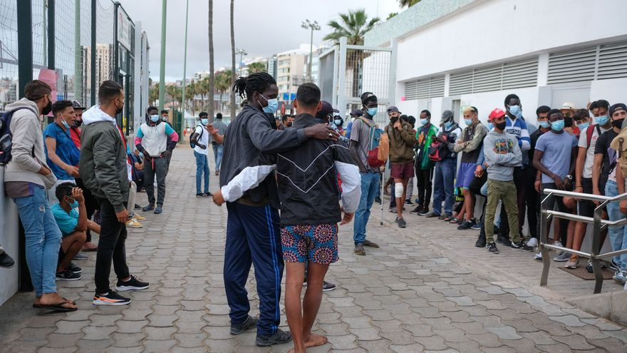 """Migraciones examinará """"caso a caso"""" la readmisión en centros de migrantes sin techo en Gran Canaria"""