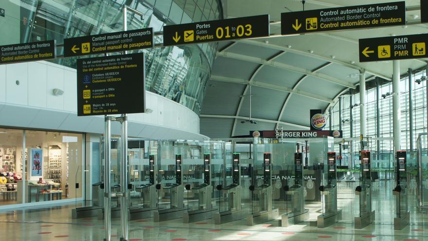 España prorroga las restricciones a los vuelos con Reino Unido, Brasil y Sudáfrica hasta el 30 de marzo
