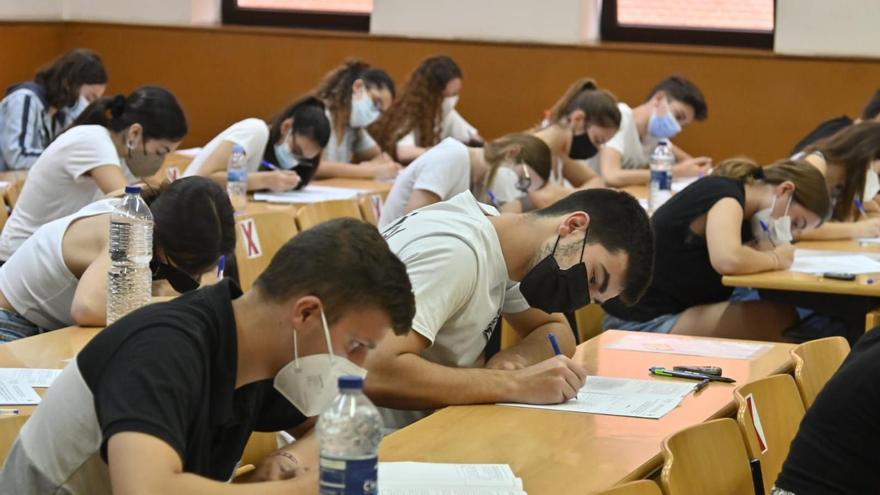 Las notas de corte para acceder a la universidad en la Comunitat Valenciana