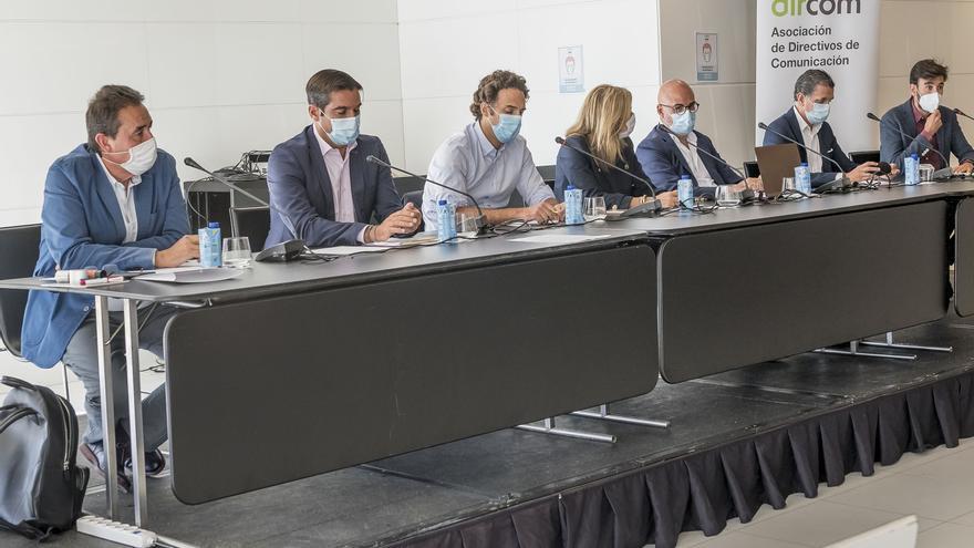 DIRCOM CMV analiza junto a las principales cabeceras valencianas el estado de los medios