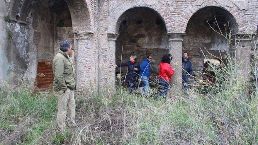 Urgen un plan de restauración del antiguo convento de San Francisco