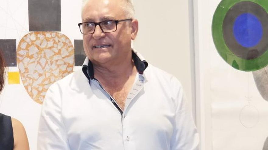Encargan a Miguel Sansón la escultura del 40 aniversario del premio Felipe Trigo