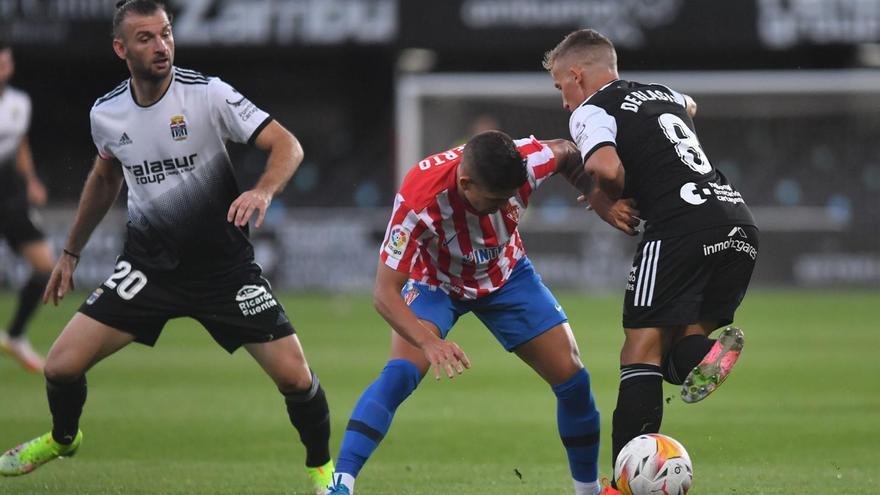 El FC Cartagena acaba con el líder con un gol de Rubén Castro (1-0)