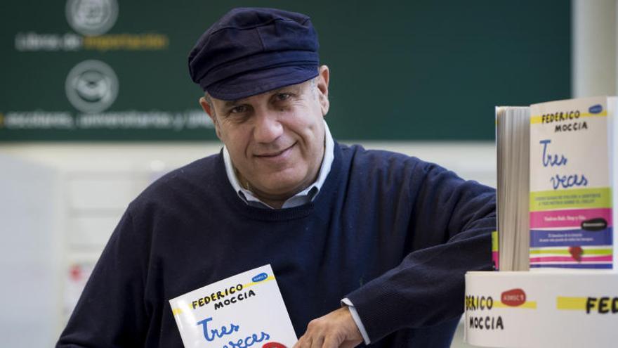 """Federico Moccia cierra """"con dolor"""" la trilogía """"A tres metros sobre el cielo"""""""
