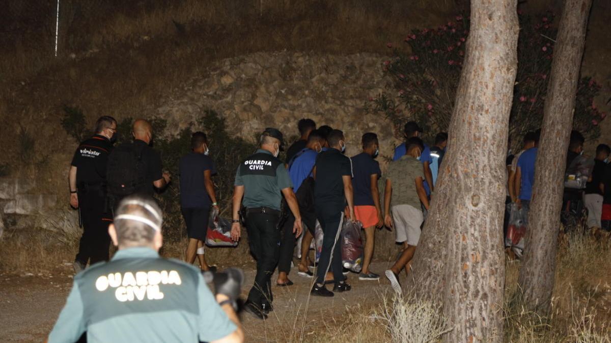 Una quinta patera eleva a 53 los migrantes llegados a la Región