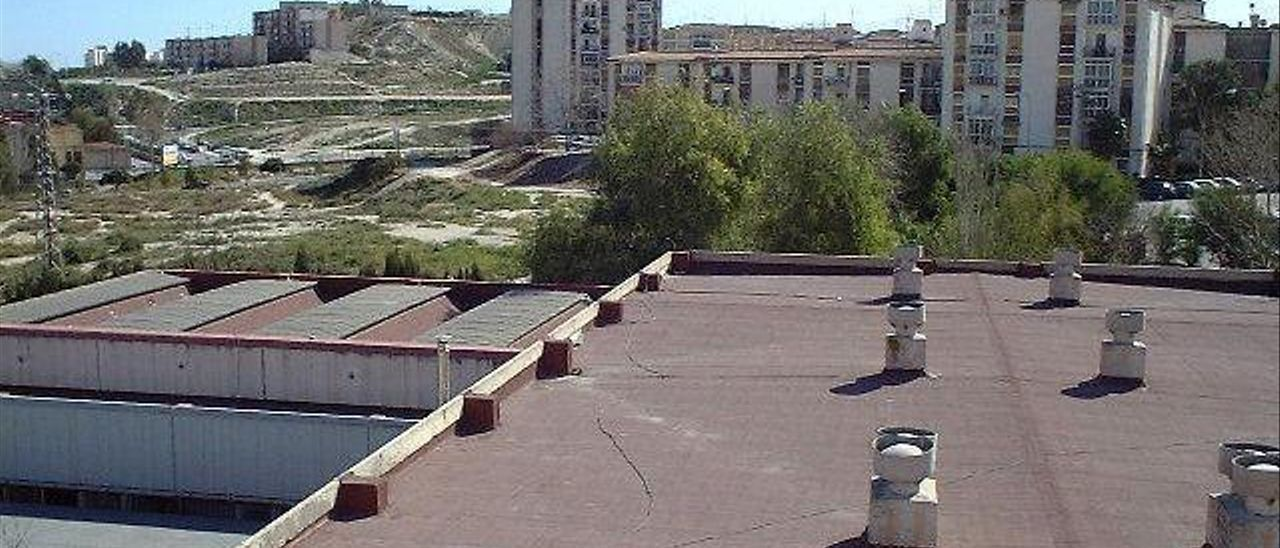 Hace quince años el IES Virgen del Remedio instaló las primeras placas de energía solar.