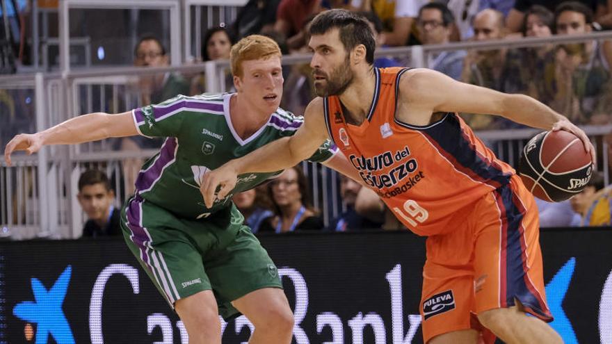 Victoria ajustada del Valencia Basket frente al Unicaja