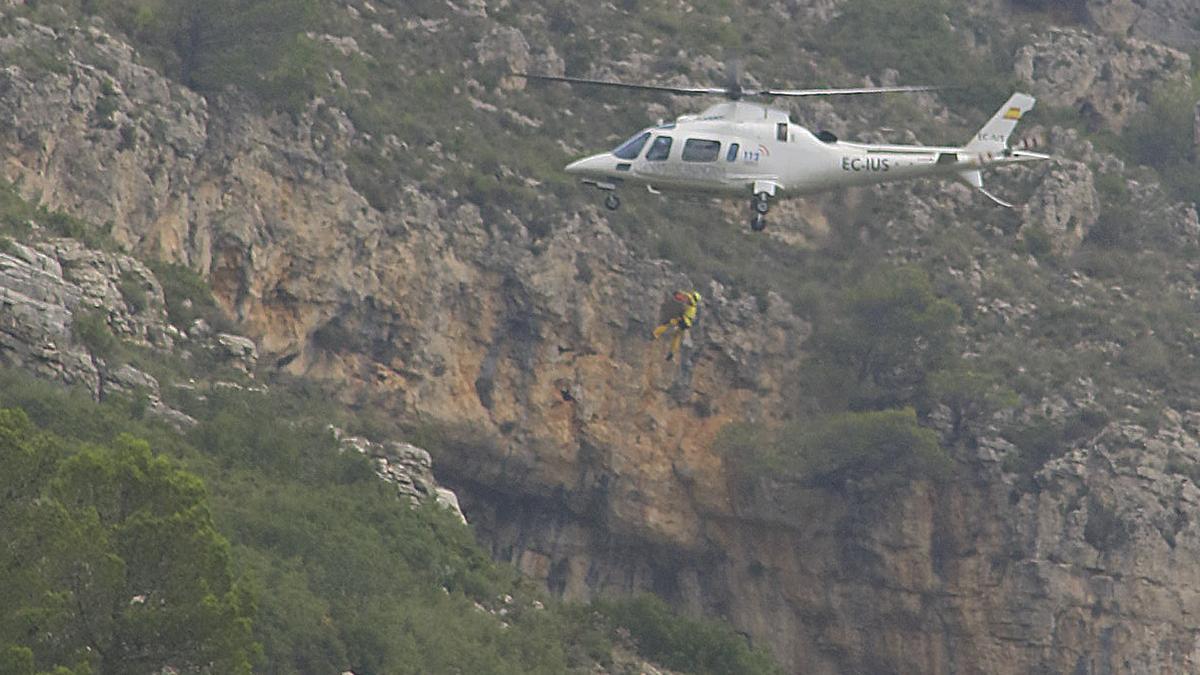 Imagen de archivo de un rescate en la montaña.