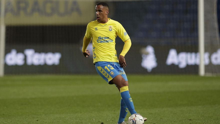 El Real Murcia firma a Ismael Athuman para sustituir a Youness