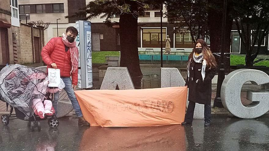 Las protestas contra la caza del zorro llegan a Cangas