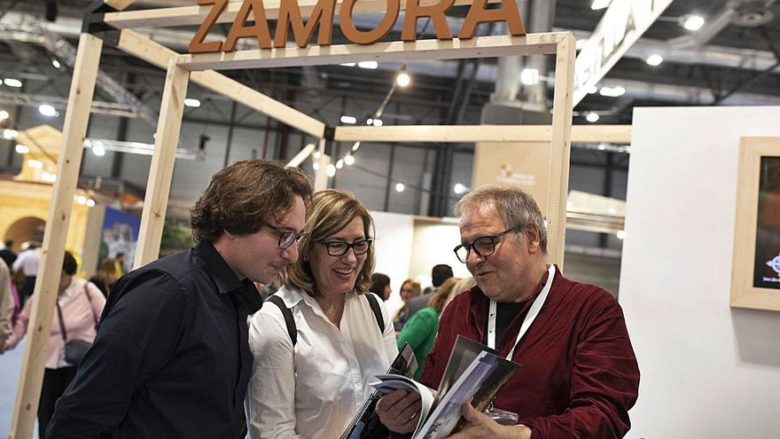 "Zamora vende ""espacio"" en Fitur"