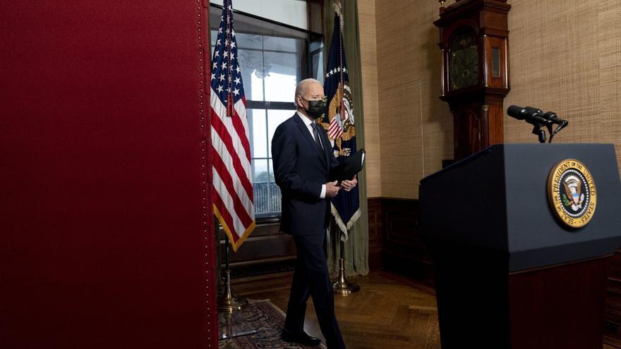 Biden sanciona a Rusia y expulsa a una decena de diplomáticos