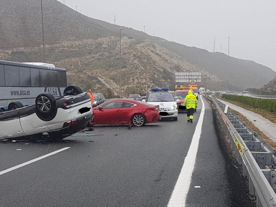 Accidente de tráfico producido en El Campello.