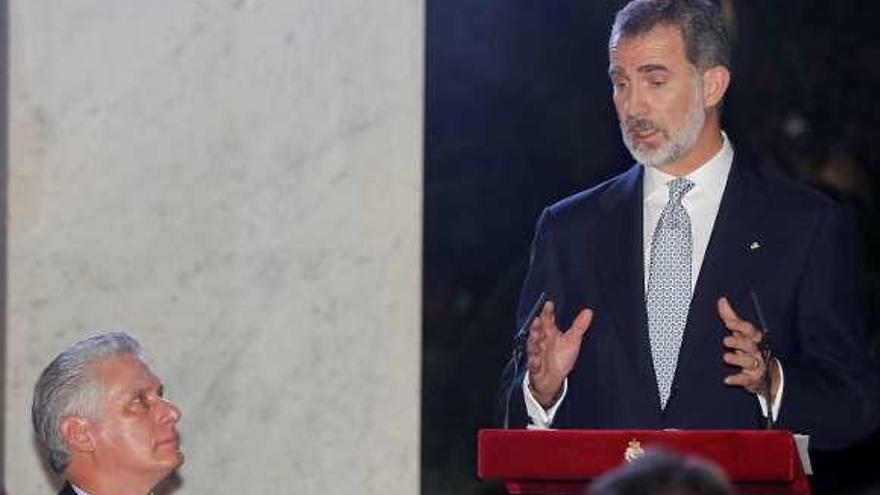 El Rey se reúne con Castro y habla de Derechos Humanos ante Díaz-Canel