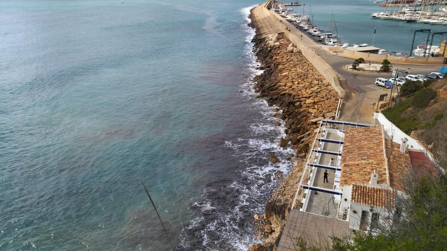 El Consell realizará un estudio sobre la viabilidad de regenerar la cala del Tangó de Xàbia