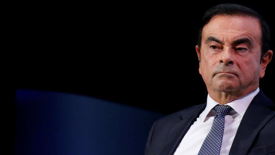 La junta directiva de Nissan cesa a Ghosn como presidente tras su arresto