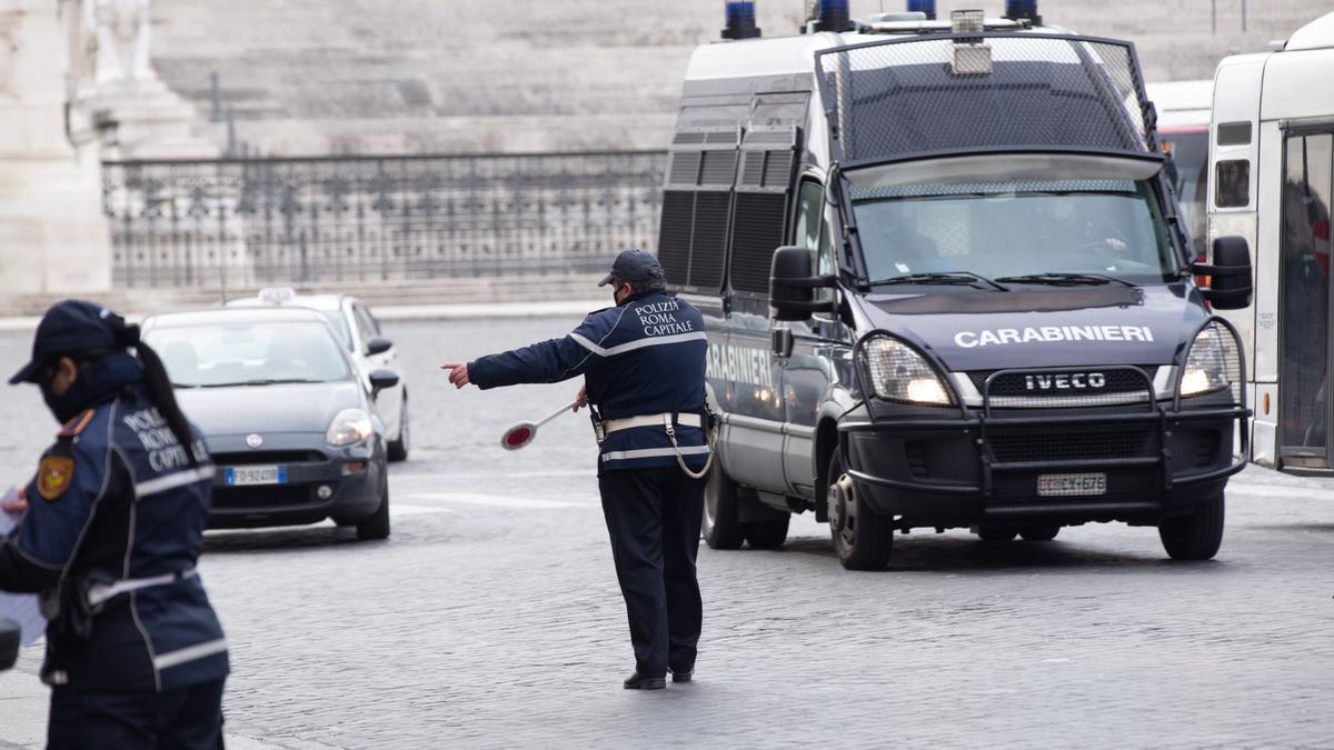 Un control de movilidad en Roma.