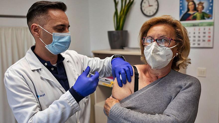 Casi 13.000 dosis contra el coronavirus llegarán esta semana para vacunar a los zamoranos