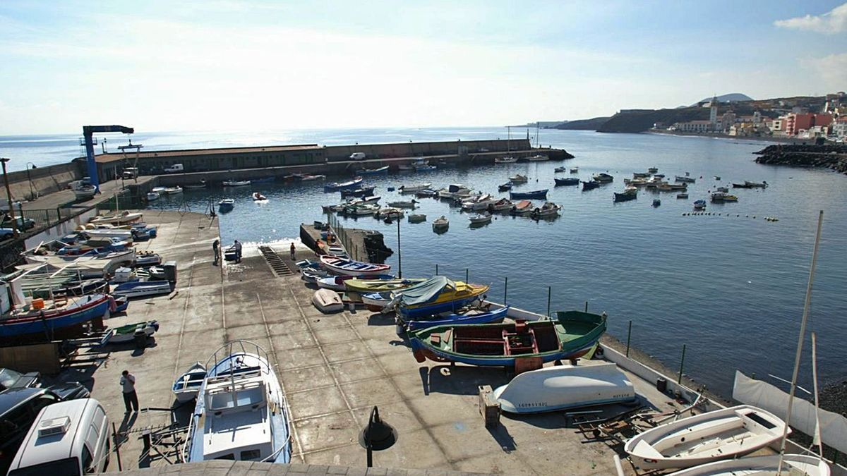 Muelle pesquero de Candelaria.     E.D.