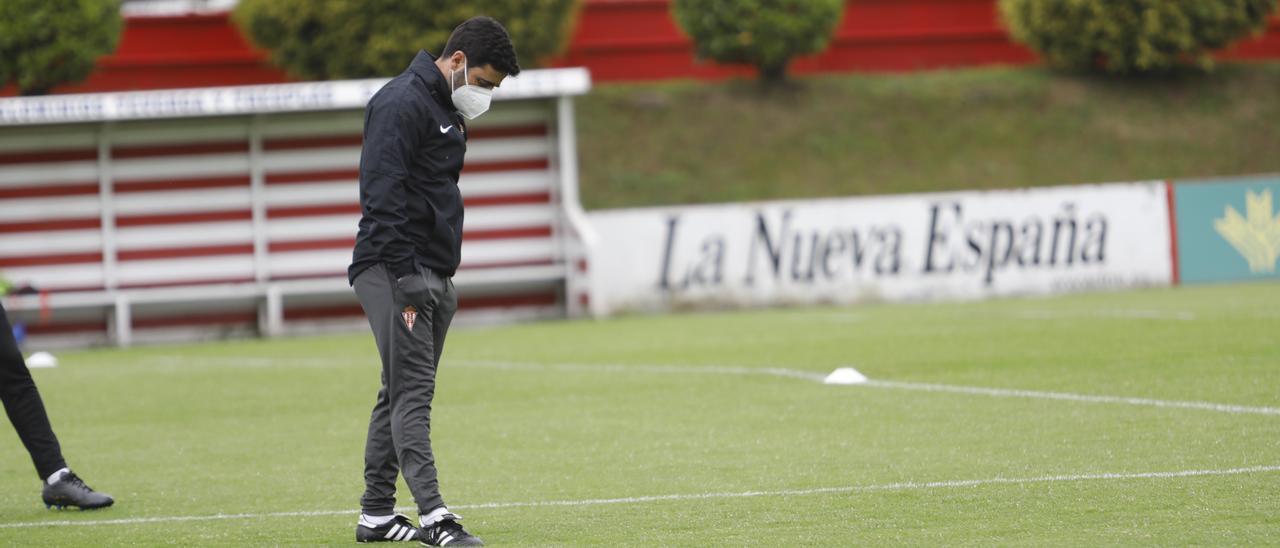 David Gallego, esta mañana, en el entrenamiento del Sporting en Mareo.