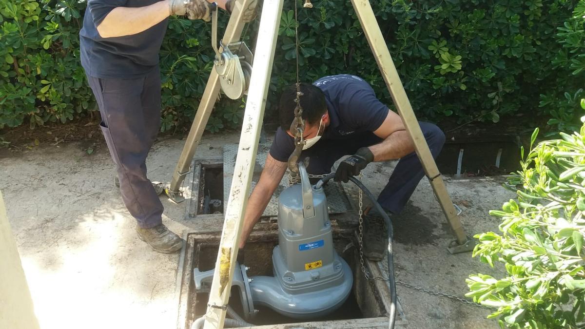 Trabajos de sustitución de la bomba
