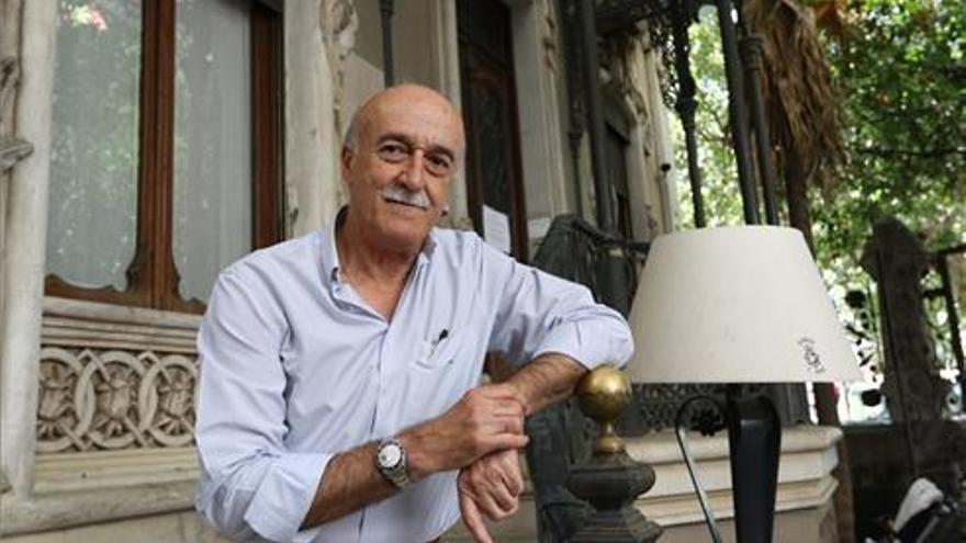 """Juan E. Benito: """"Hay que dotar a cada barrio de los equipamientos para hacer la vida cerca del domicilio"""""""