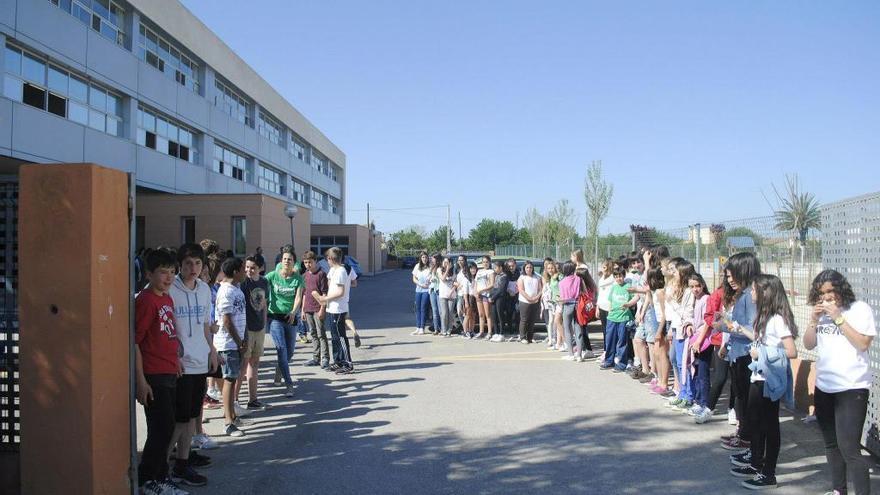 La Amipa del IES Binissalem denuncia el mal servicio de transporte escolar