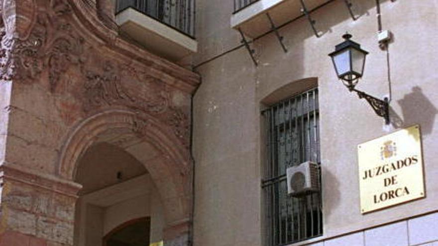 Investigan si el asesinato de una vecina de Murcia en Torrevieja fue por encargo