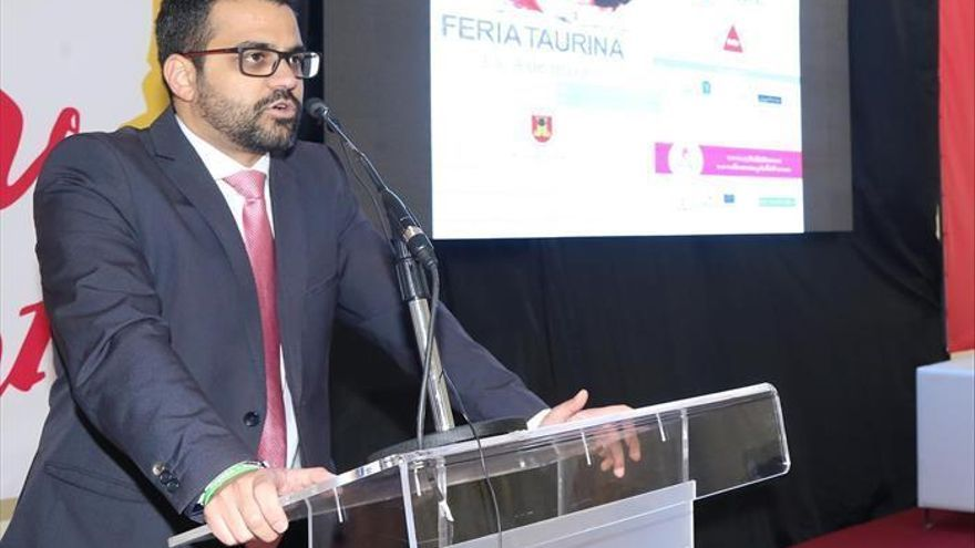 El alcalde de Olivenza defiende la vacunación de su edil responsable de la residencia de mayores