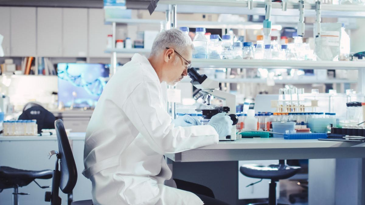 Estudio científico sobre la hidroxicloroquina.