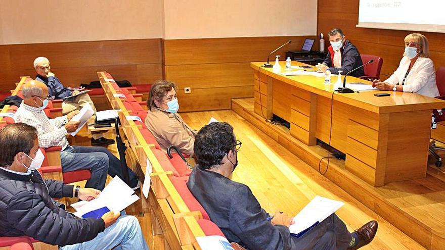 La CEO estudiará la propuesta que defiende el AVE a Vigo por Mondariz