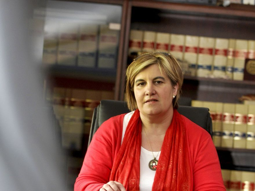 La Alcaldesa que se hizo de rogar: la primera del Caudal no llegó hasta 2015
