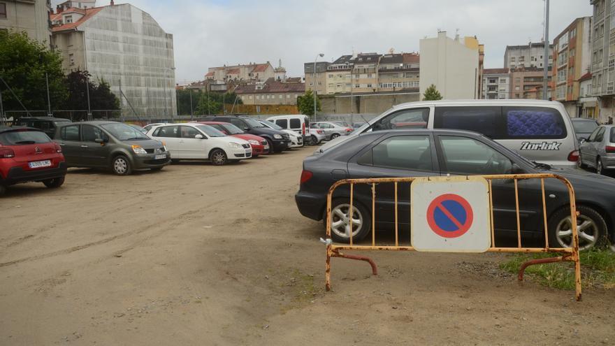 Continúa la disputa en torno a las plazas de aparcamiento perdidas en Vilagarcía
