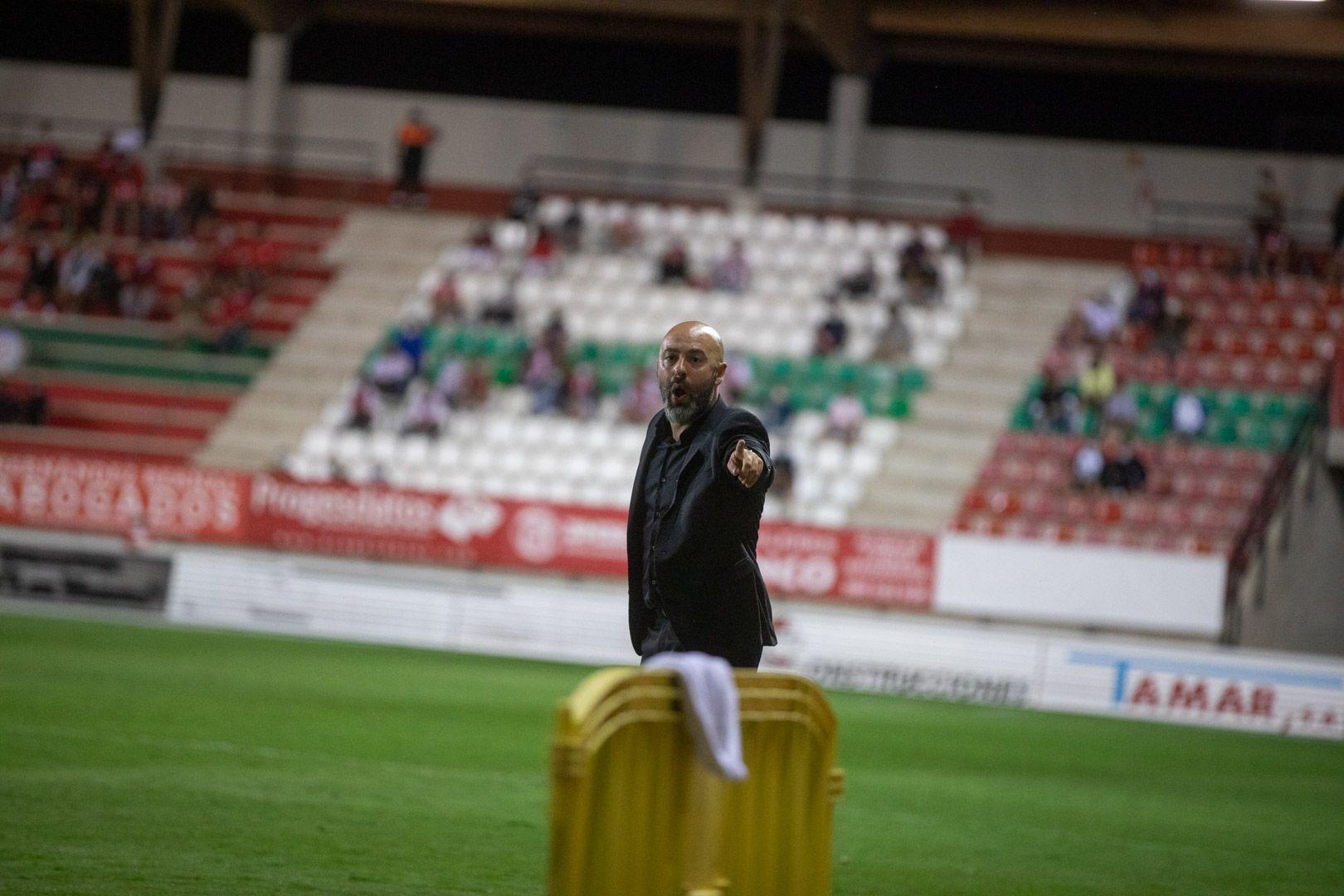 GALERÍA  Las mejores imágenes del partido entre el Zamora CF y el Logroñés