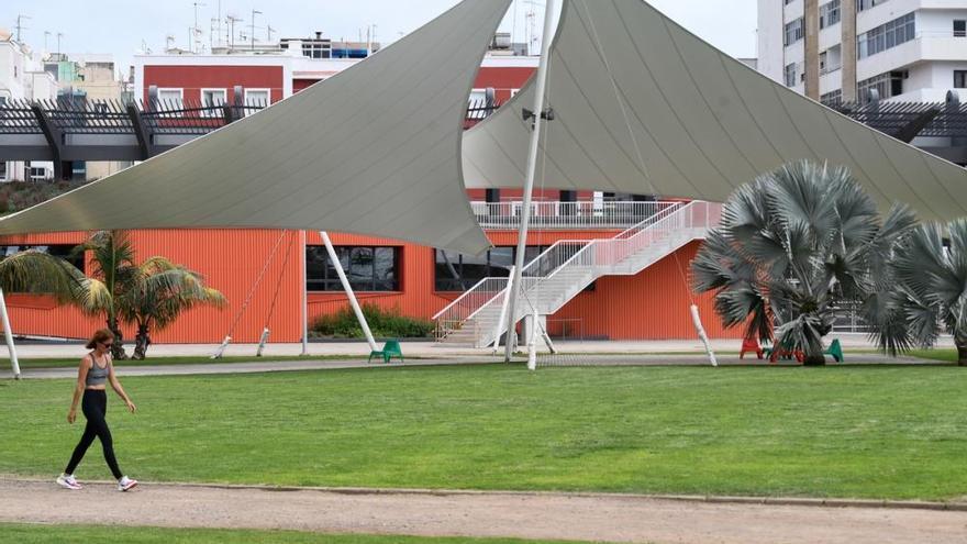 La rehabilitación de la grada del Estadio Insular culmina tras un año de reformas