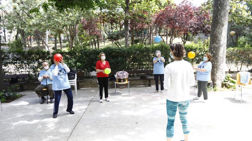 Zaragoza ofrece un programa de recuperación física para mayores que comienza con 589 participantes
