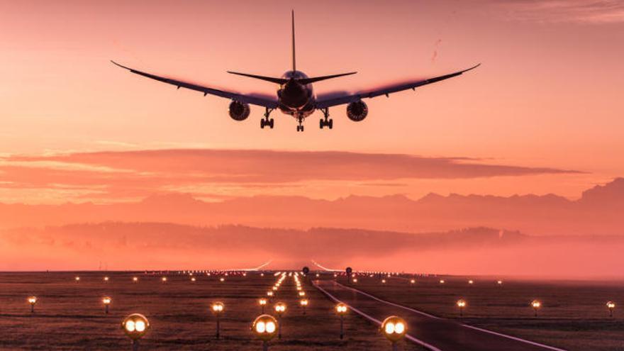 El aeropuerto de Murcia-San Javier lleva ya 14 meses seguidos ganando pasajeros