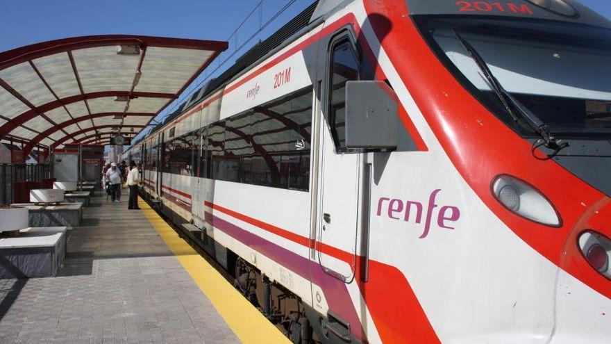Denuncian que Renfe ha suprimido 2.500 servicios de Cercanías en Málaga desde comienzos de año