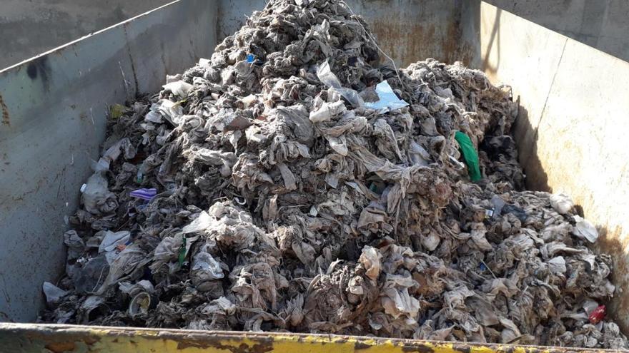 Crit d'alerta per l'augment de tovalloletes que arriben a la depuradora de Manresa