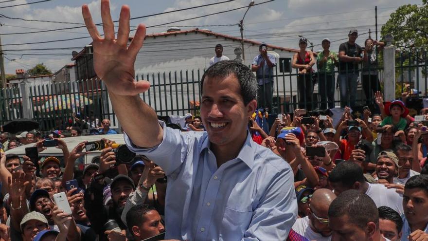 Reino Unido permite a Guaidó acceder a las reservas de oro de Venezuela en Londres