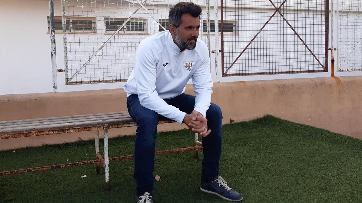 José Linares entrenó la temporada pasada al Santanyí de Tercera División.