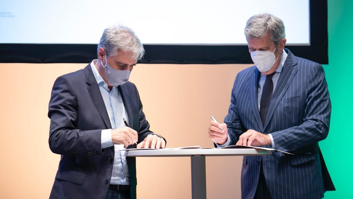 El acuerdo fue suscrito por el director insular de Innovación, José Clemente Díaz, y el director general de Fundación Incyde, Javier Collado.