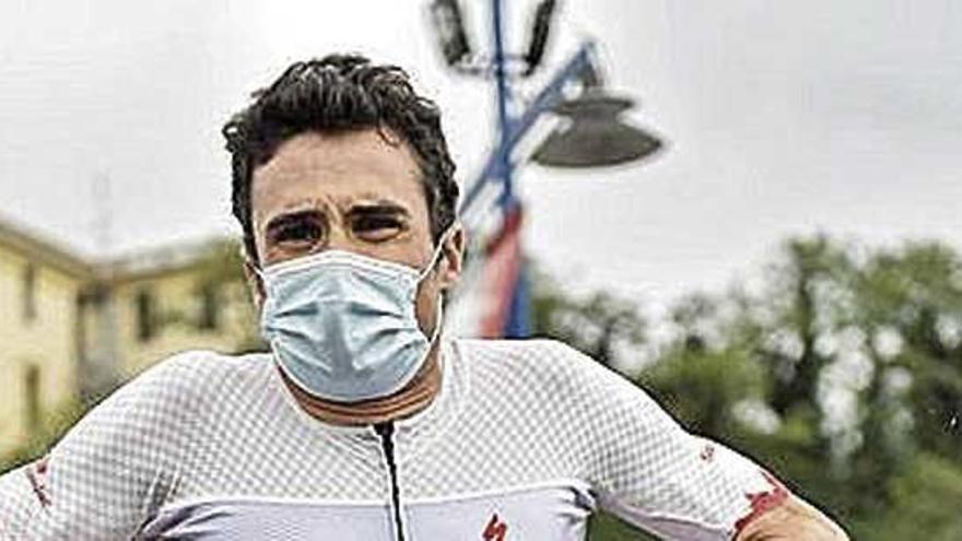 Gómez Noya se proclama campeón de España de media distancia