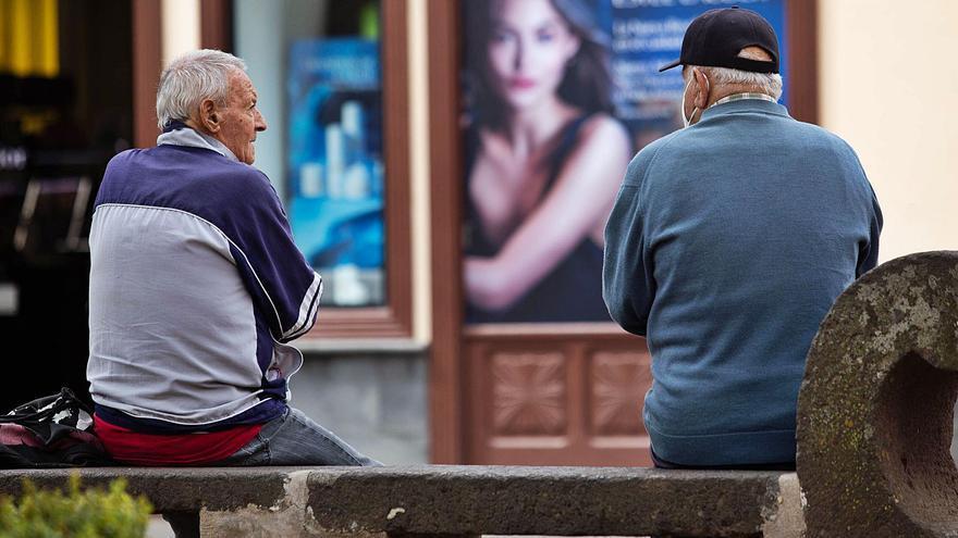 El gasto anual en pensiones aumenta en 826 millones en las Islas en una década