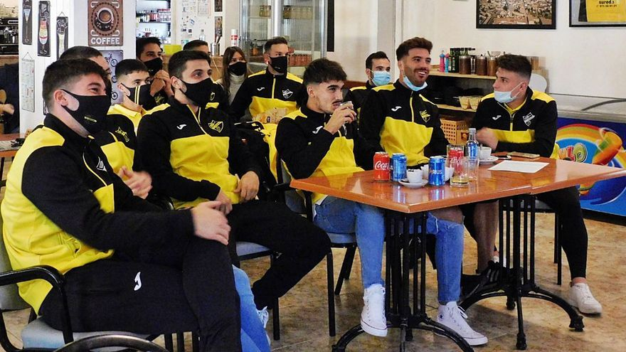 Los jugadores del Cardassar, emocionados: «Ole, ole, ole, Cholo Simeone»