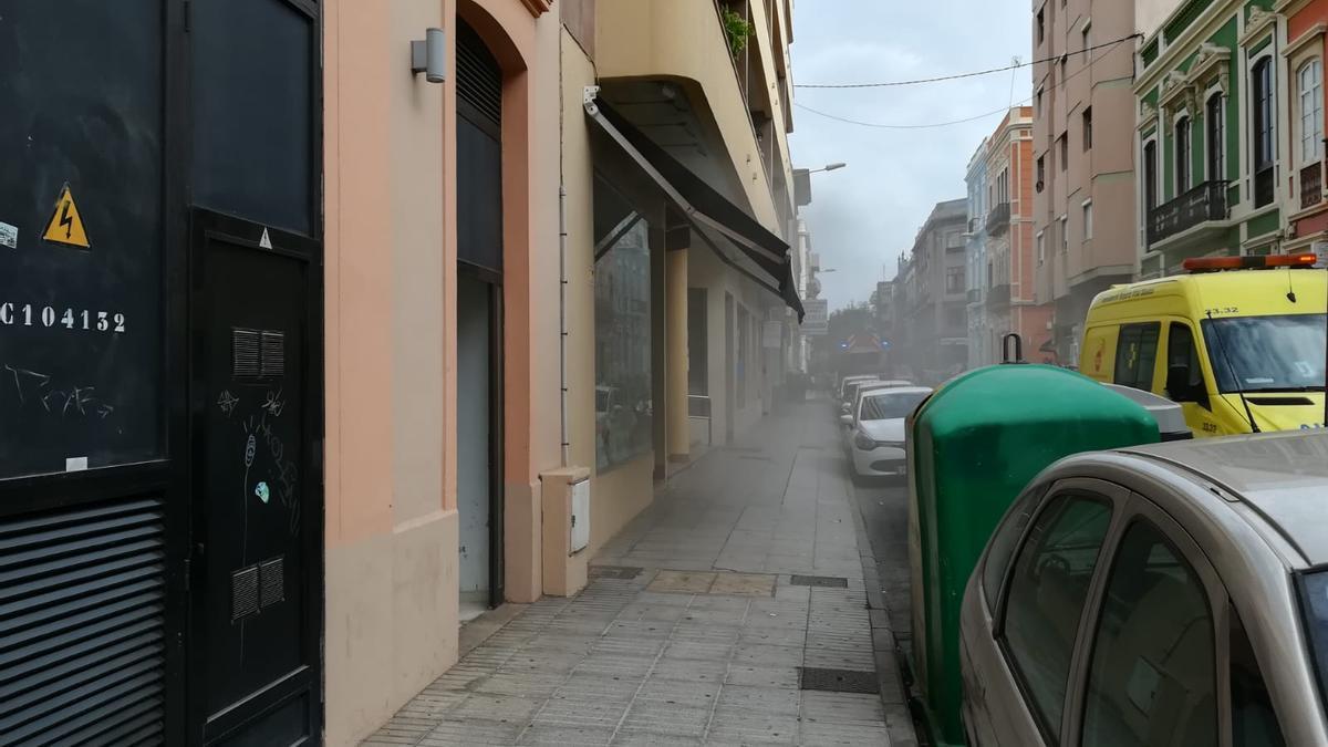 Incendio en una residencia en la calle Perojo