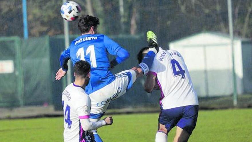 El Valladolid Promesas, nuevo líder del subrupo B tras ganar a un Oviedo con diez