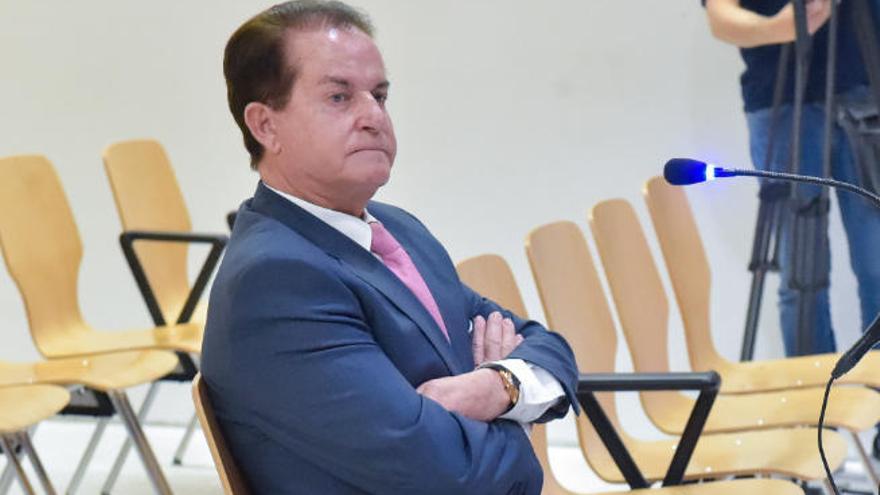 Absuelven a Santana Cazorla del delito de fraude en la promoción de Taurito