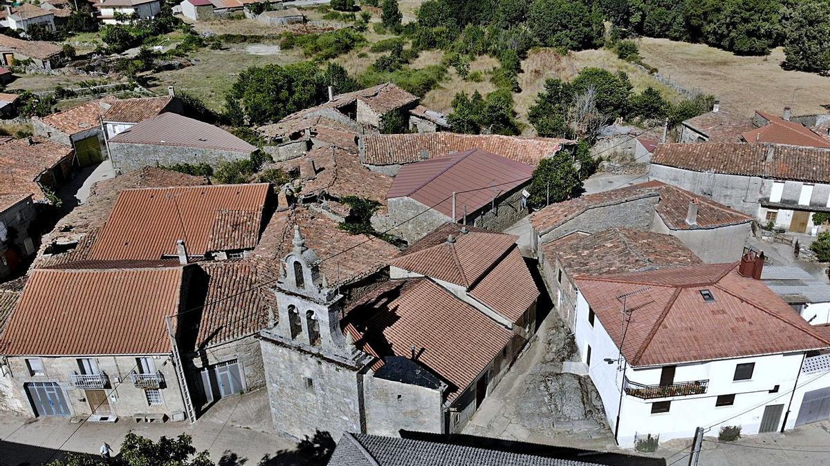 Vista aérea de Moveros, uno de los pueblos del municipio de Fonfría. | Ch. S.